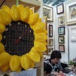 Выставка Формула Рукоделия 2012 - Часы-подсолнух в технике квиллинг