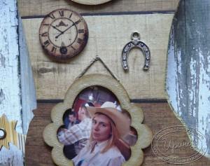Альбом в форме сапога: часы, подкова, рамка