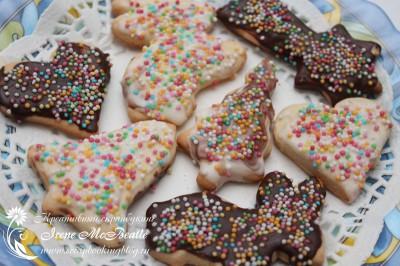 Фигурное печенье с глазурью