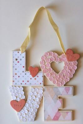 Декоративная табличка LOVE