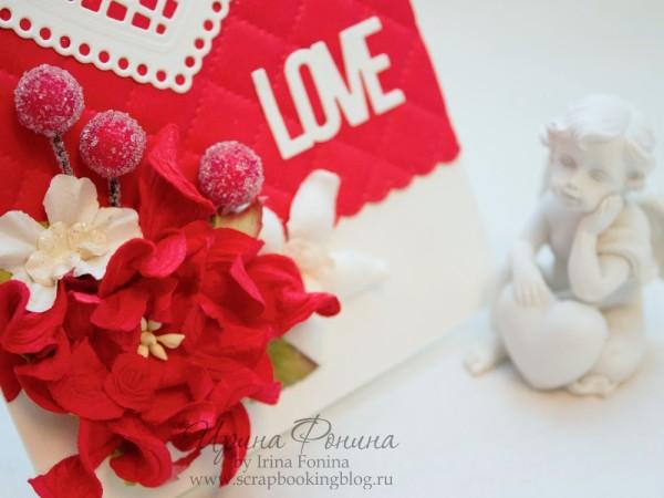 Открытка - красный с белым - цветы и ягодки