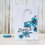 Открытка Поздравляем с голубыми цветами