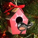 Украшение не елку: домик для птички