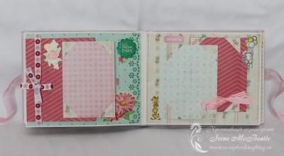 Альбом для новорожденной: бантики и цветочки
