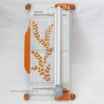 Резак для бумаги Fiskars Portable Rotary